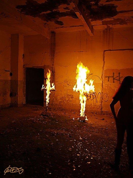 Hurra, Hurra die Schule brennt